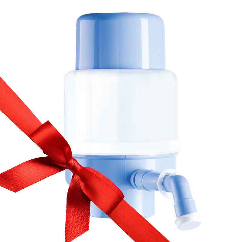 Бутылка воды помпа в подарок 935